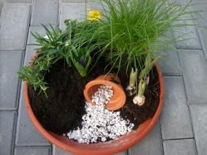 Easter garden 02